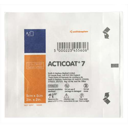 Image of Acticoat 7 Silver coated antimicrobial barrier dressing 5x5cm