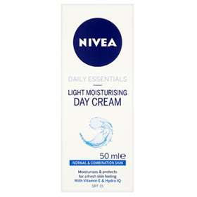 Nivea Light Moisturising Day Cream 50ml