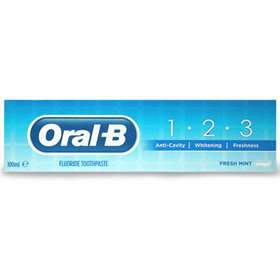 Oral-B Fluoride Toothpaste 100ml