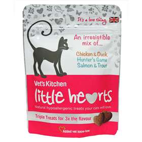 Vets Kitchen Little Hearts Hypoallergenic Treats For Cats 60g